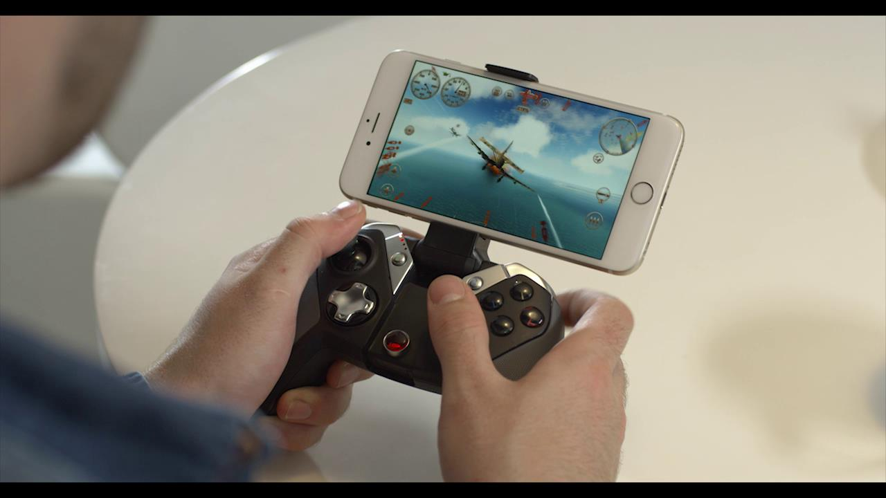 GameSir M2 Gamepad controller for iOS with LED power indicator launches at CES 2017