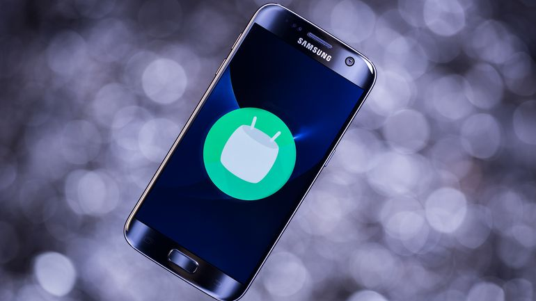 Samsung Galaxy S7 and S7 Edge with Android Nougat beta update started to roll out