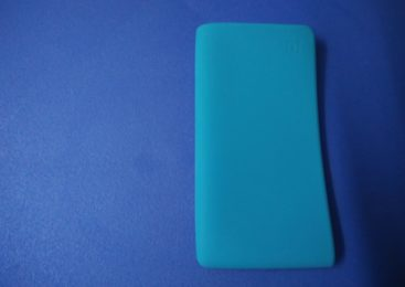 OnePlus Power Bank Silicone Case Review: Bang for the buck designed with durability in mind