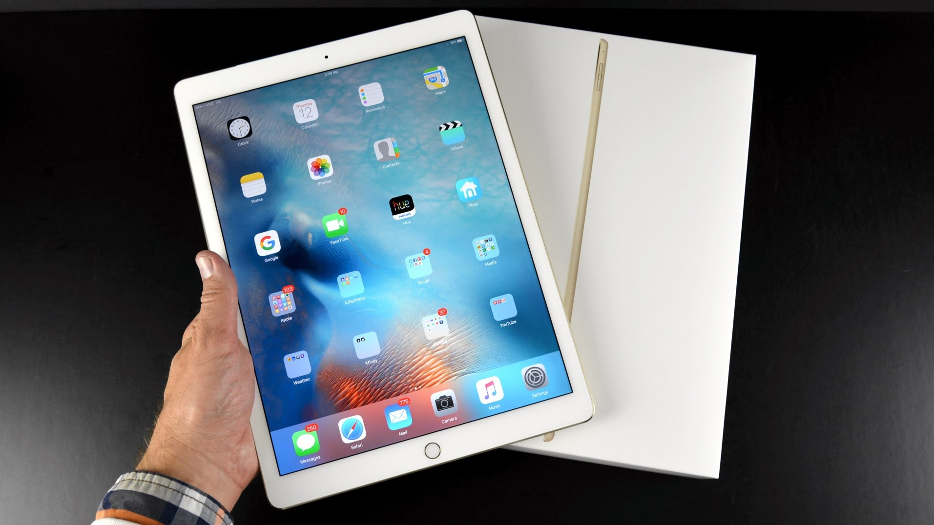 Apple iPad Pro ads portray the usefulness of features ...