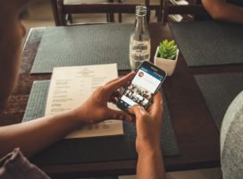 Instagram gets better with support for sharing up to 10 photos and videos in one single post