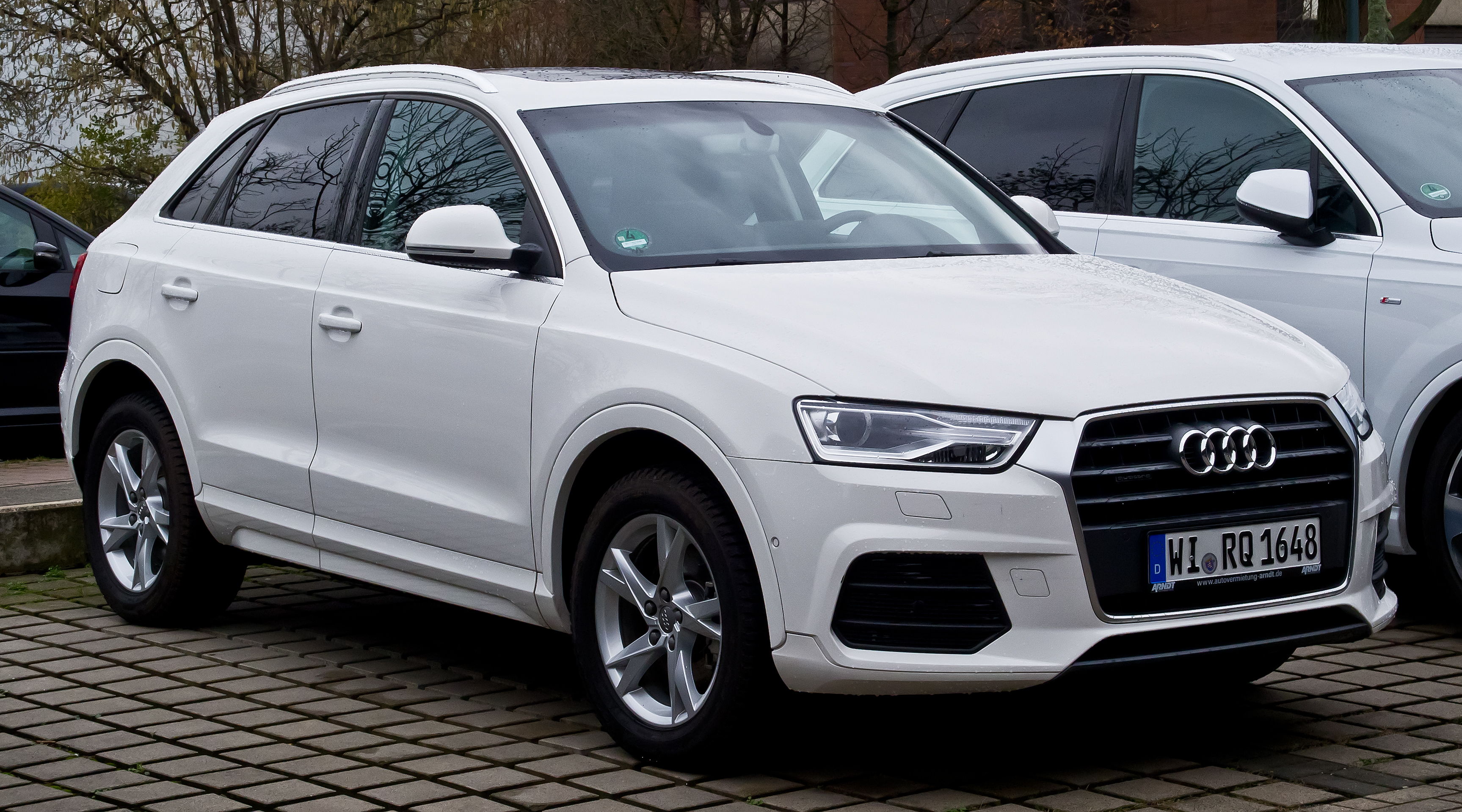 audi q3 2 0 tipped to set new benchmarks with refreshed features. Black Bedroom Furniture Sets. Home Design Ideas