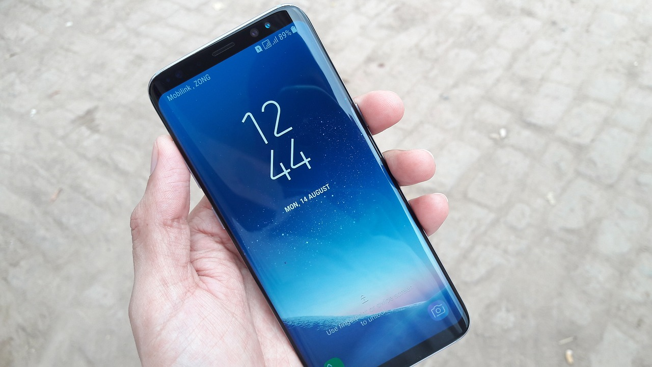 Samsung Galaxy A6 Check Price, Release Date and Specifications